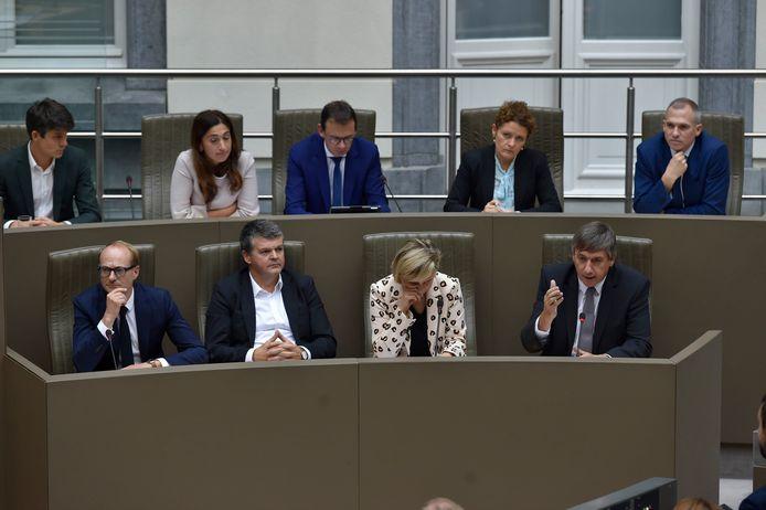 De Vlaamse regering-Jambon