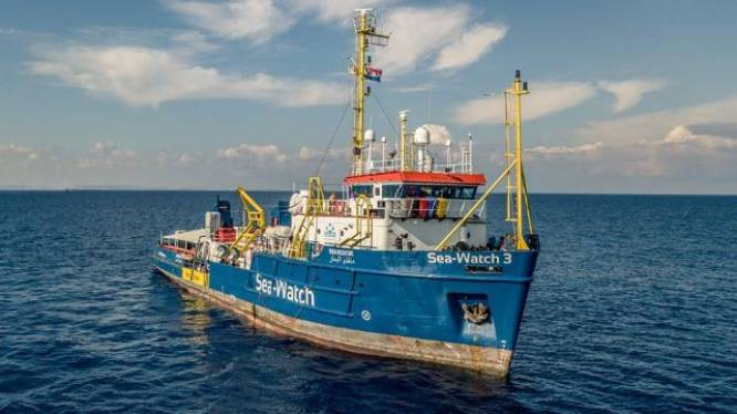 Ngo boos op Nederland over weigeren hulp migrantenschip