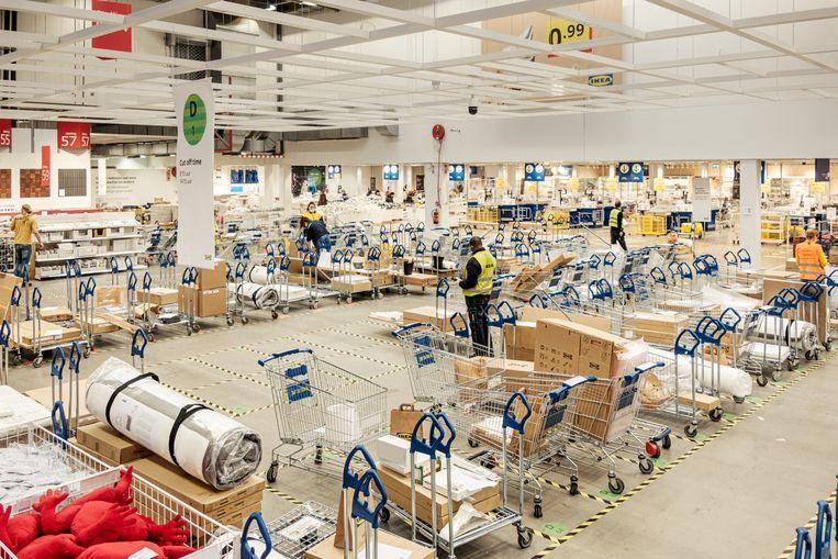 In de gemiddelde Ikea van 25.000 vierkante meter heeft elke klant een zee van ruimte. Beeld Jakob van Vliet