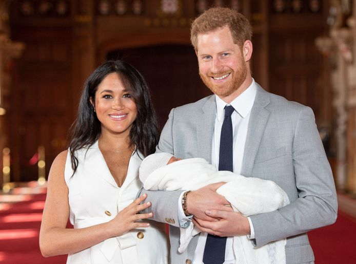 Prins Harry en Meghan Markle met hun zoon.