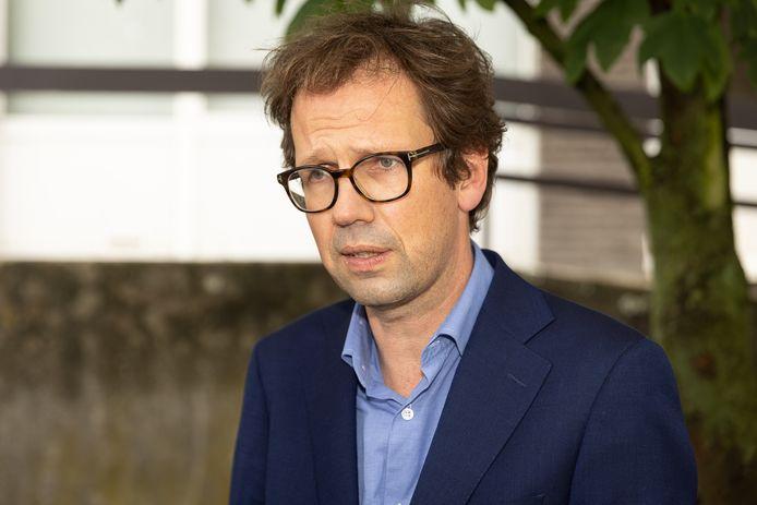 Advocaat Joris Van Cauter wraakte de voorzitter van de raadkamer, die hij vooringenomenheid verwijt.