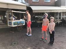 Zwembroek aan en snorkel op voor een gratis ijsje in Holten; oftewel het voorjaar in de (ijs)bol
