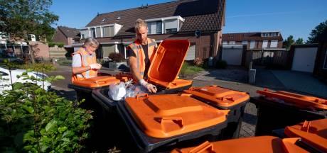 'Huftergedrag' bij afvalinzameling: Almelo neust in plasticbak om verkeerd vuilnis op te sporen