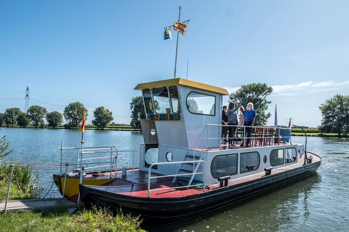 Het veerpontje dat mogelijk deze zomer al gaat varen tussen Overasselt en Gassel.