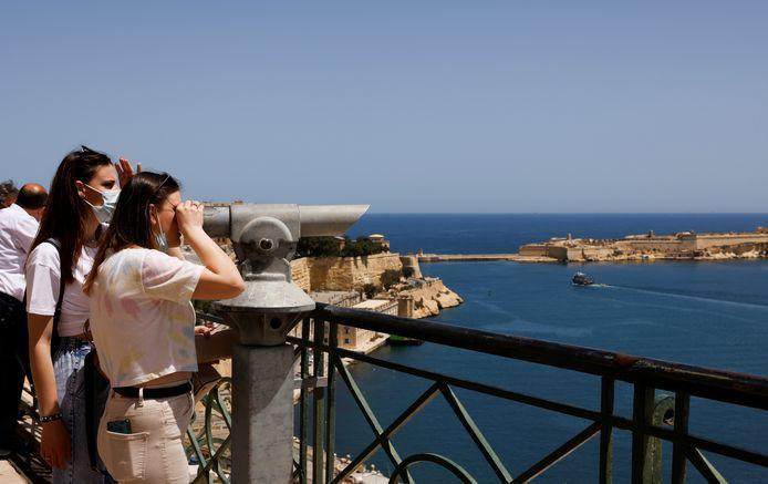 Toeristen in Malta (ter illustratie)