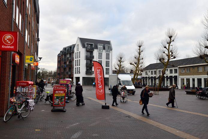 Winkelcentrum de Biezenkamp in Leusden. Winkels mogen nu ook op zondagochtend al open.