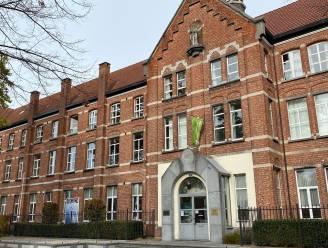 Leerlingen Sint-Victor schenken 1.672 euro aan Centrum ter Preventie van Zelfdoding