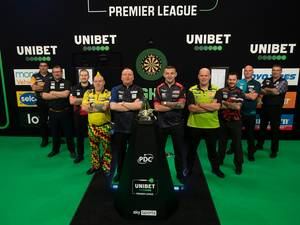 Programma & stand | Van Gerwen pakt koppositie in Premier League Darts