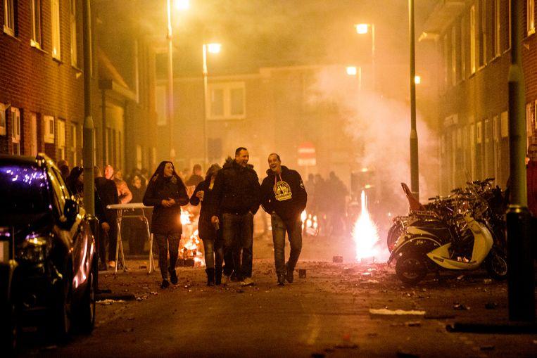 Onrust in Den Haag tijdens de vorige Oud en Nieuw-viering. Beeld Arie Kievit