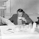 Jimmy Greaves  aan het ontbijt tijdens het WK van 1966, dat voor hem teleurstellend eindigde, ondanks de wereldtitel.
