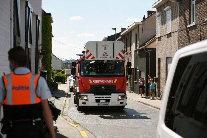 De hulpdiensten kwamen massaal ter plekke en dat kon op belangstelling van omwonenden rekenen.