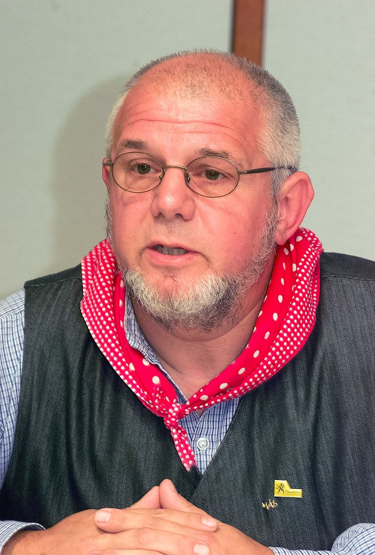 Roland Man (70), een van de meest sociaal geëngageerde mensen in Sente, is overleden.