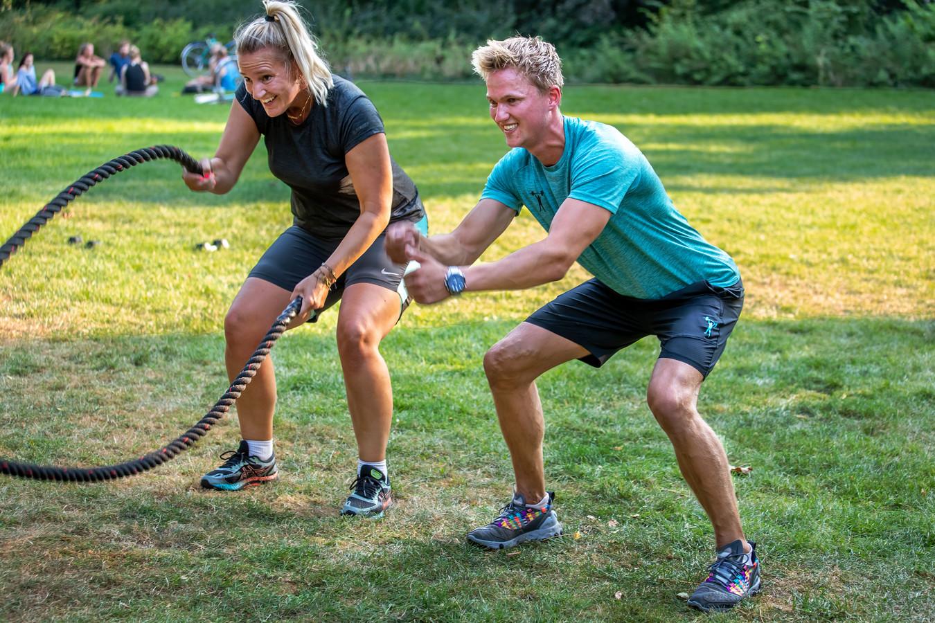 Robin van Empel zette midden in coronatijd een eigen bedrijf op in buitensporten.