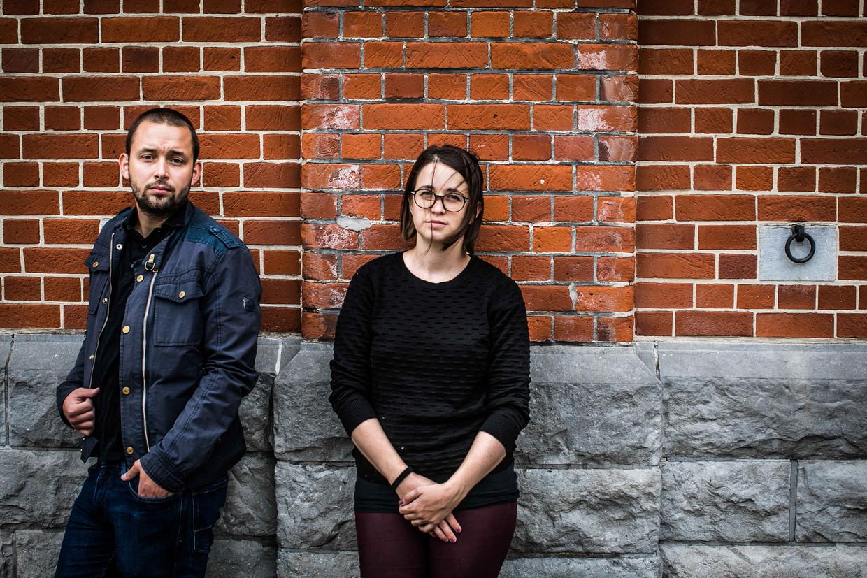 Slovaken Andy Šebesta, bestuurder bij een vereniging voor Slovaken in België,  en Helka Blahova. 'Alleen als we met zijn allen druk blijven zetten, zal gerechtigheid geschieden.' Beeld BAS BOGAERTS