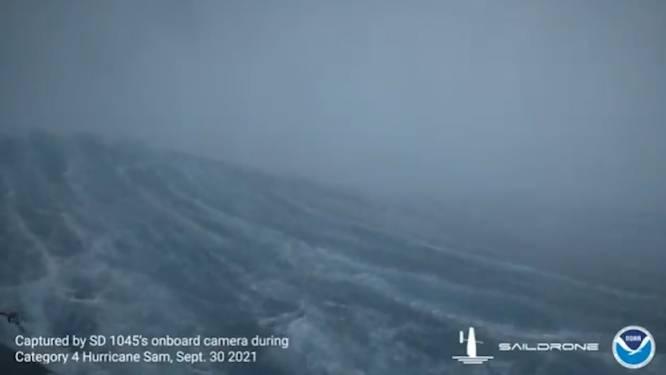 Drone maakt unieke beelden van hoe orkaan er langs binnenkant uitziet