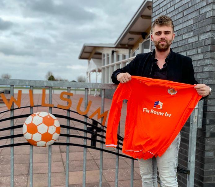 Jelle van Putten met het markante oranje shirt van Wilsum.