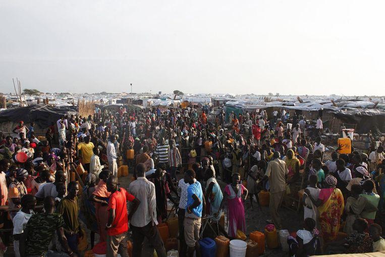 Ongeveer 38.000 mensen hebben hun toevlucht gezocht tot het VN-kamp in Bentiu. Beeld null