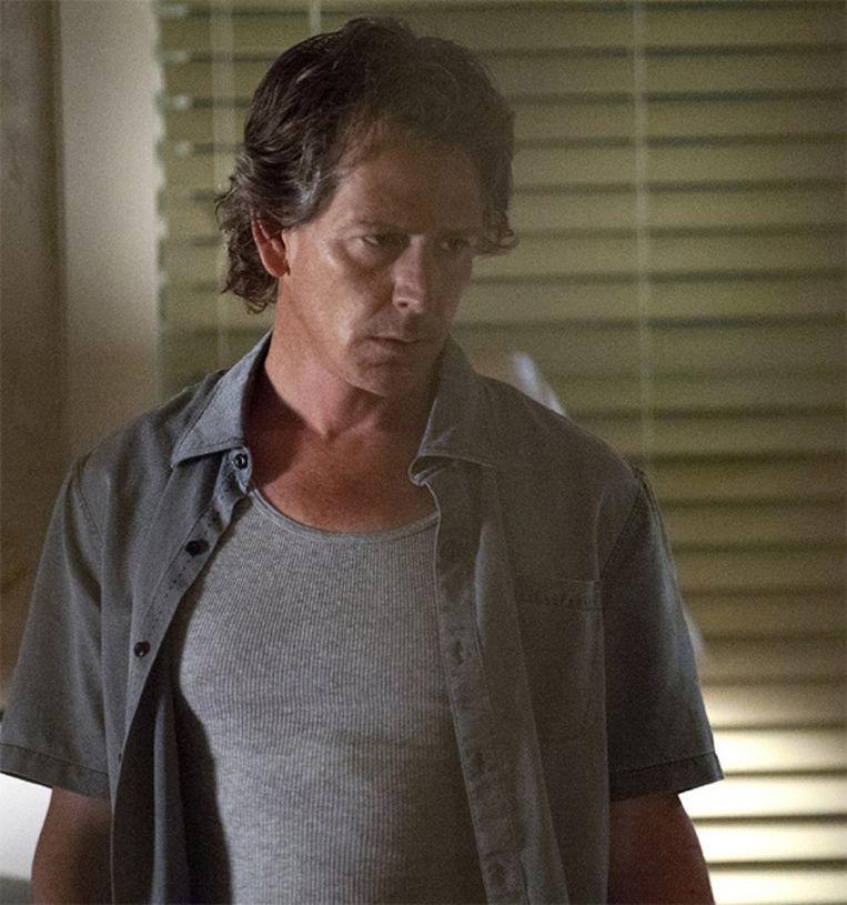 Danny (Ben Mendelsohn) doet Florida Keys op zijn grondvesten daveren bij zijn terugkomst. Beeld Netflix
