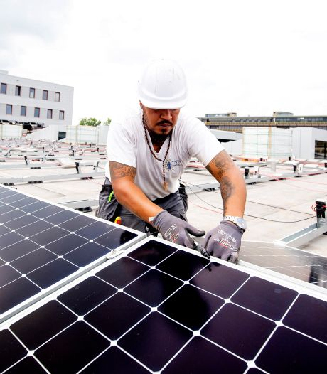 Geen eigen geld voor zonnepanelen? Dordrecht maakt er niet één, maar twee miljoen voor vrij