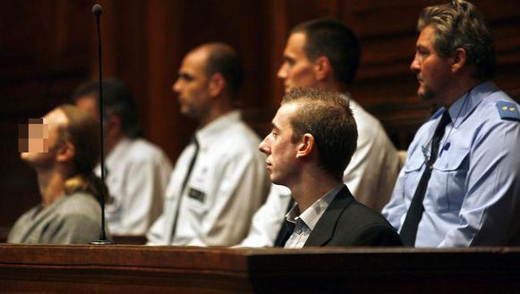 Sebastiaan Samyn (onherkenbaar) naast medebeschuldigde Nick Bertels.