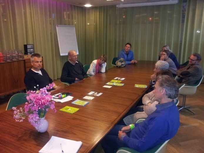 Een meet & greet met schrijver/journalist Joris Luyendijk (links)