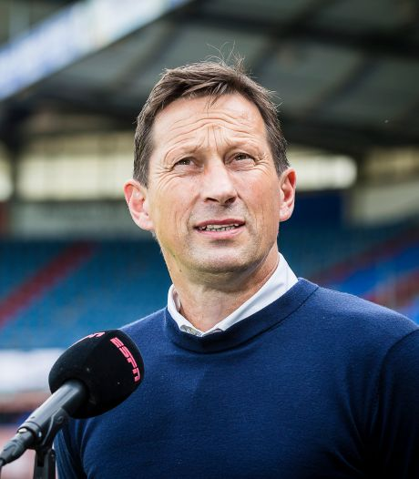 Roger Schmidt vindt dat PSV na een schokkende gebeurtenis knap de kop erbij hield