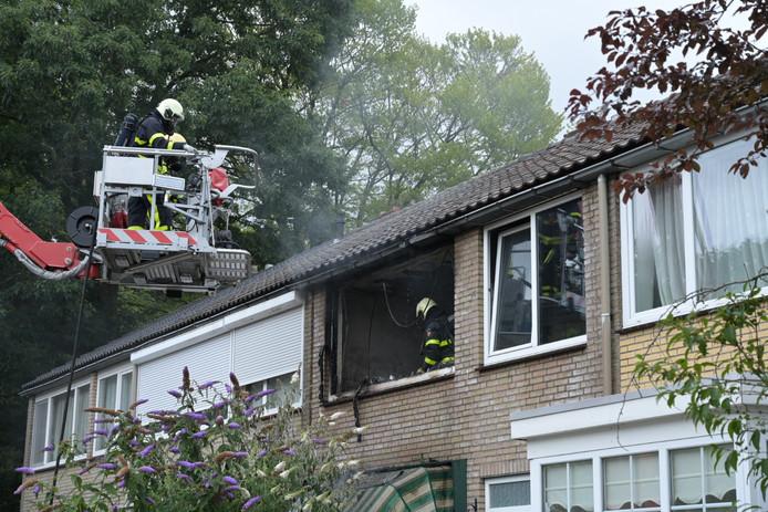 Brand in woning Antoon Coolenlaan in Tilburg