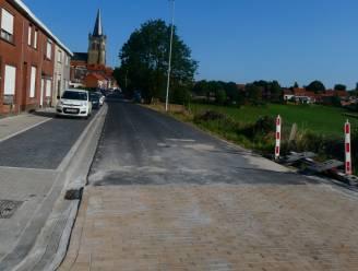 Vierstraat opnieuw open voor verkeer na werken