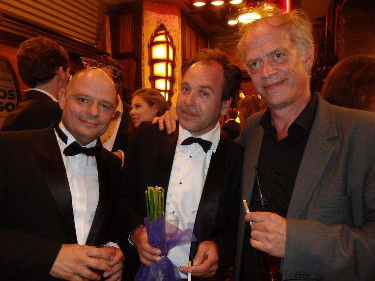 Hoofdrolspeler Bas Hoeflaak, geluidsman Ferry de Pater, schitterende roomse naam, en acteur Stefan Stassen (vlnr) Beeld Schuim