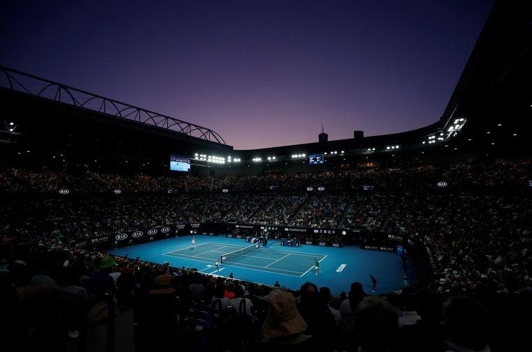 Novak Djokovic en Dominic Thiem tijdens de mannenfinale van de Australian Open, 2 februari 2020.    Beeld REUTERS