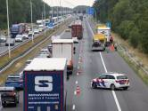 Ongeluk met vrachtwagen en busje op snelweg bij Oirschot, weg weer vrij
