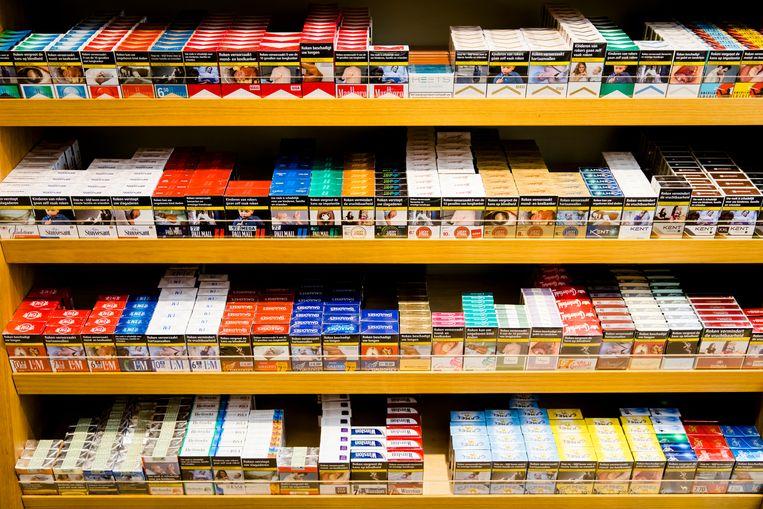 Staatssecretaris Blokhuis wil de verkoop van tabak in supermarkten vanaf 2024 verbieden. Beeld Hollandse Hoogte/ANP