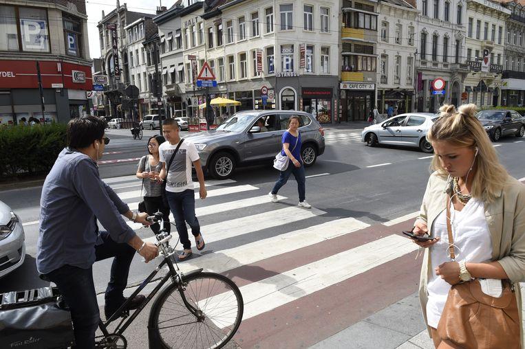 Volgend jaar legt de stad een rode fietsloper.