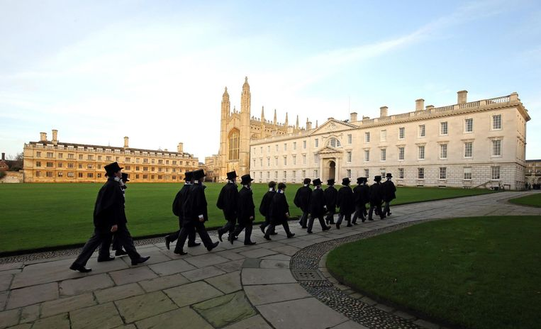 Universiteit: King's College, Cambridge. 'Ik ging naar Cambridge toen ik 18 was, als eerste uit mijn familie.' Beeld Hollandse Hoogte