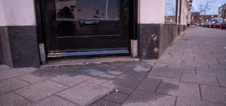 Weer poging tot brandstichting bij Poolse kledingwinkel in Charlois, daders spoorloos