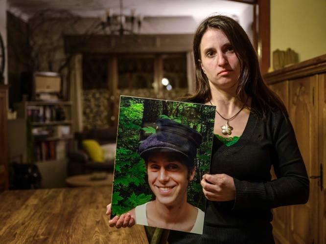 """Verkeersslachtoffer Lotte getuigt in aangrijpende video over ongeval dat haar vriend het leven kostte: """"Ik deel heel harde beelden, maar ik wil jongeren sensibiliseren"""""""