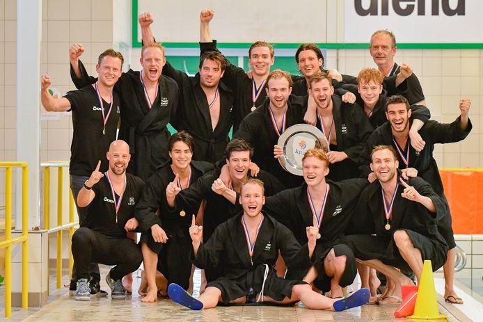GZC DONK veroverde voor het eerst sinds 2010 de landstitel waterpolo bij de mannen.