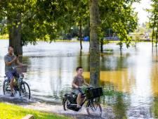 Kijken naar hoogwater dat elders zoveel ellende heeft veroorzaakt: 'Een dubbel gevoel'