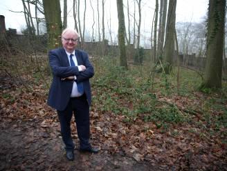 Enige natuurbegraafplek in Vlaams-Brabant zo populair dat gemeente nieuw bos aanplant om vraag  bij te kunnen houden