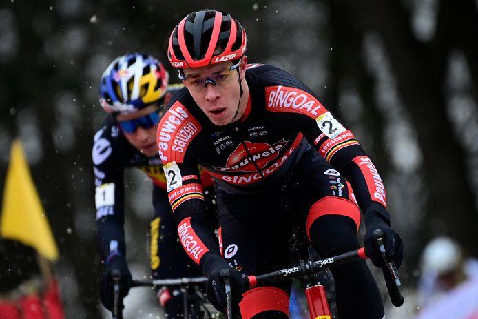 Laurens Sweeck trotseerde in Mol niet alleen het zand, maar ook de sneeuw.