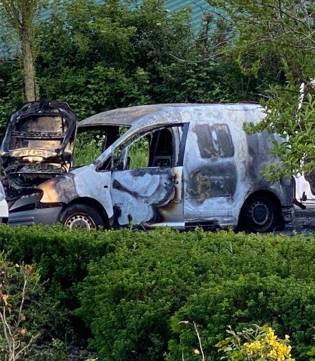 Vrouw (27) overleden na beschieting auto Amsterdam