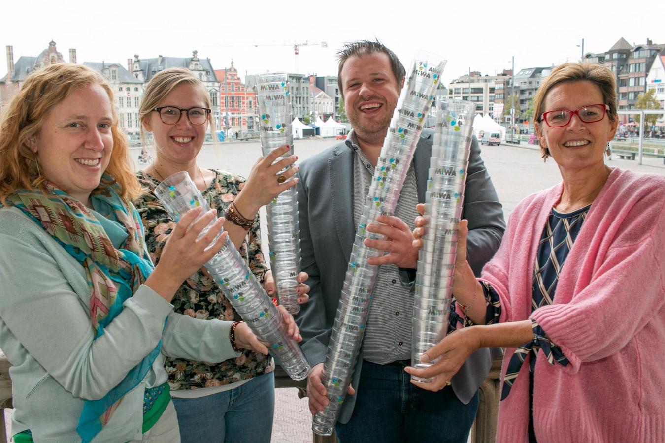 Het stadsfestival Villa Pace gebruikt dit weekend 35.000 herbruikbare bekers.