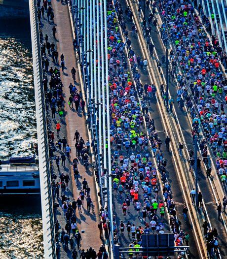 Geen lente-, maar wel hevige marathonkriebels in Rotterdam: 'Krijg al kippenvel van de politiehelikopter'