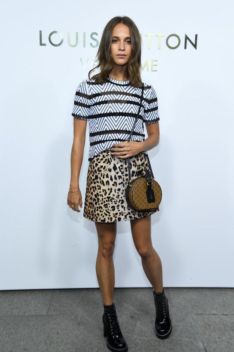 Alicia Vikander op de opening van een Louis Vuitton-winkel in Parijs op 2 oktober.