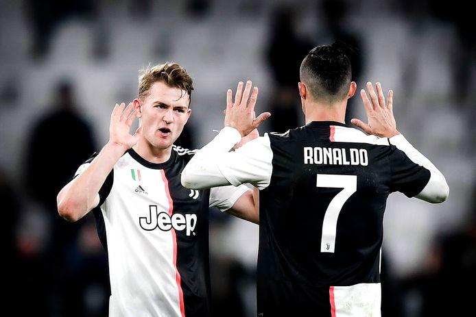 Matthijs de Ligt en Cristiano Ronaldo.