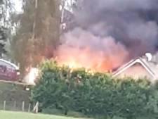 Korte maar hevige brand bij huis aan Papendijk Geffen