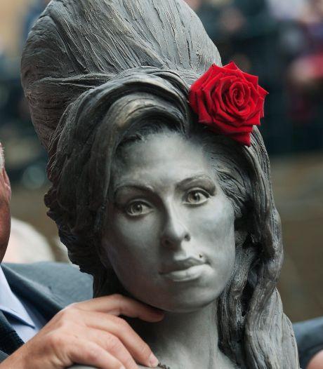 Mitch Winehouse werkt aan nieuwe film over dochter Amy
