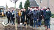 Rotary investeert in bomen voor Lodderkuil