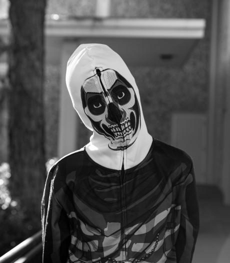 Daders overval restaurant leken verkleed voor carnaval: 'Mijn moeder was 15 seconden bevroren van de schrik'