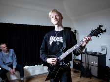 Storm (17) wil alles uit het leven halen en speelt in zijn band Sterf: 'Hoe kan je genieten van kleine dingen?'